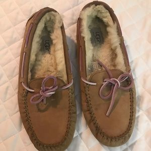 Ugg slippers size 10